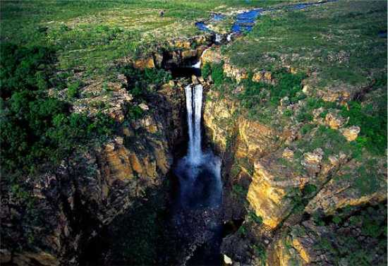 Australian-Waterfalls-Jim-Jim-Falls