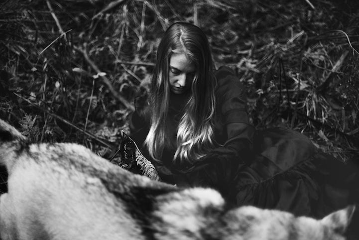 Фантазии женщины бегущей с волками в лесу 7