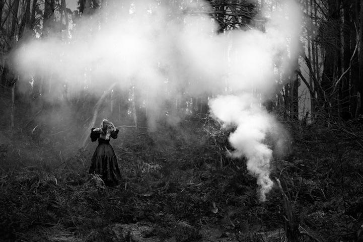 Фантазии женщины бегущей с волками в лесу 8
