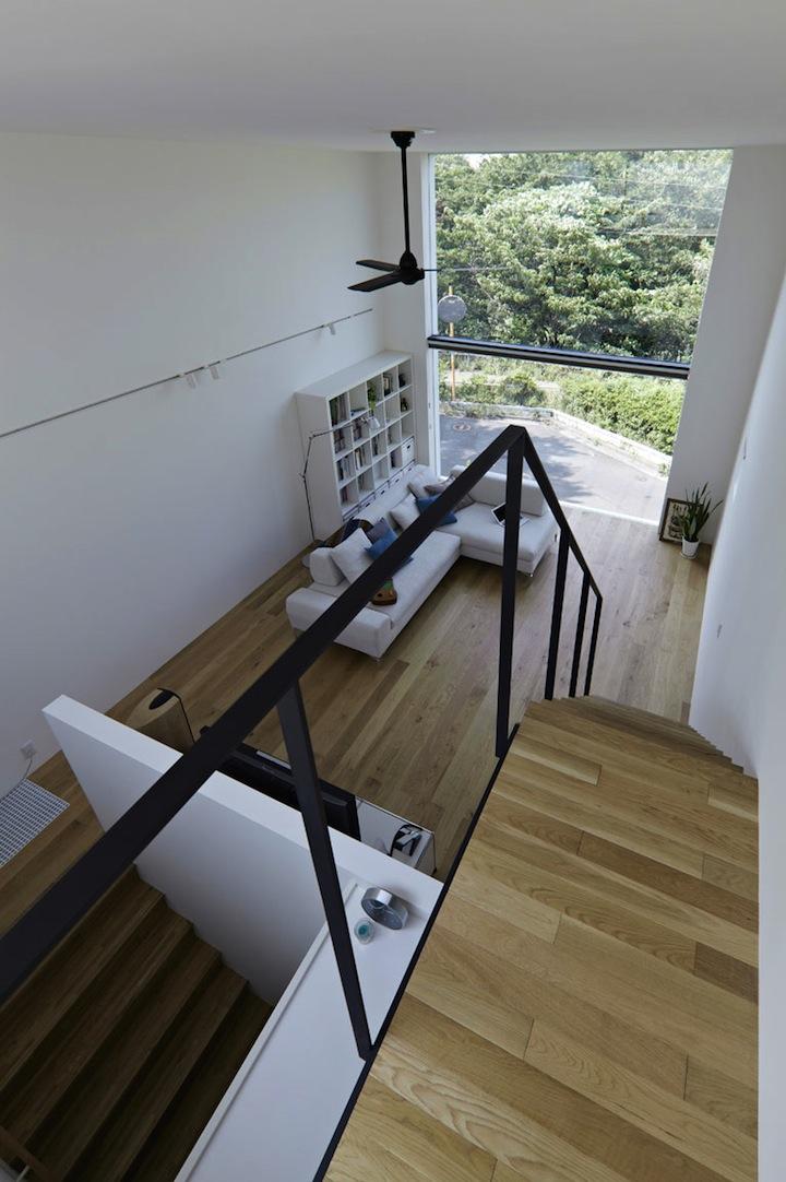 Мини-дом от студии EANA 10