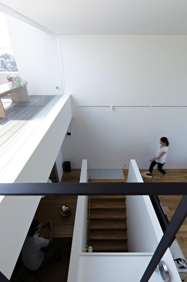 Мини-дом от студии EANA 11