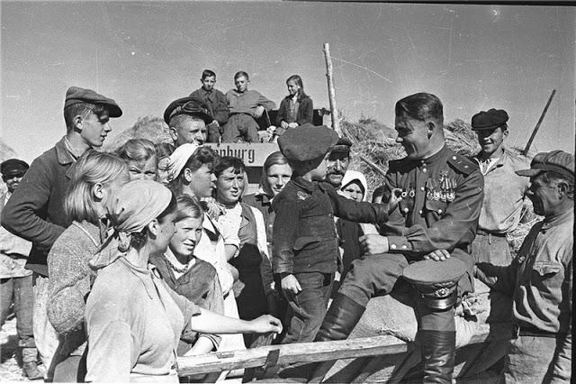 Советский солдат во время  Второй мировой войны