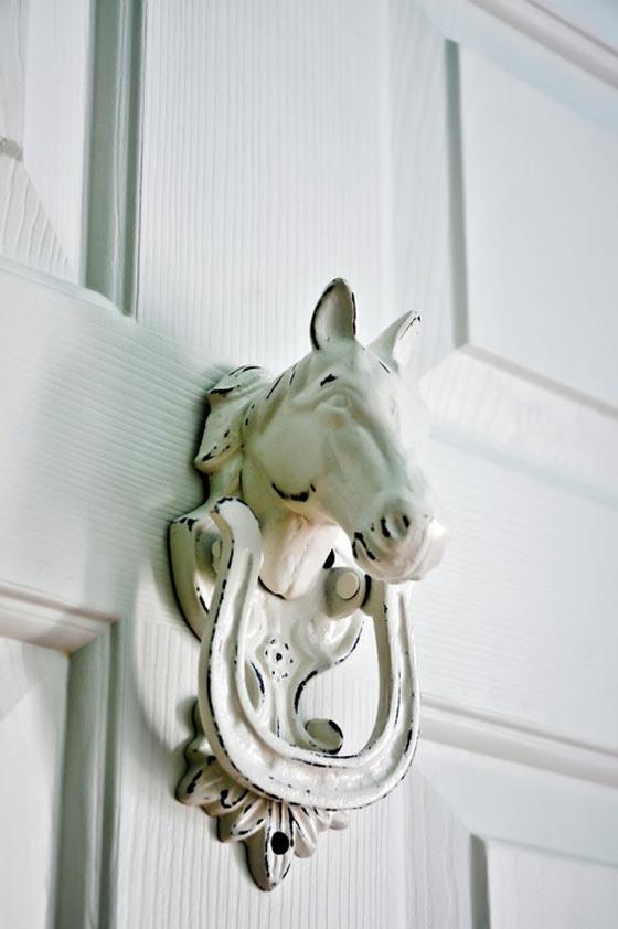 25 необычных дверных молоточков