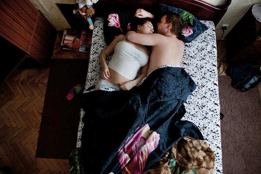 Ночные шалости русской парочки, упругий член брызги спермы фото