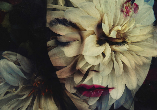Двойная экспозиция на фотографиях Лары Кайоссес7