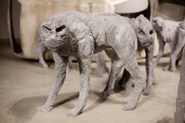 Концептуальные черные скульптуры Paolo Grassino16