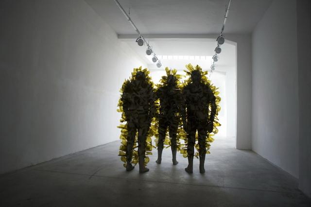 Концептуальные черные скульптуры Paolo Grassino17