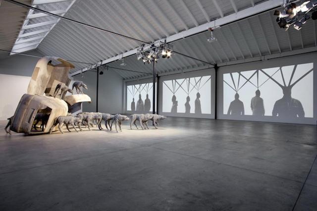 Концептуальные черные скульптуры Paolo Grassino18