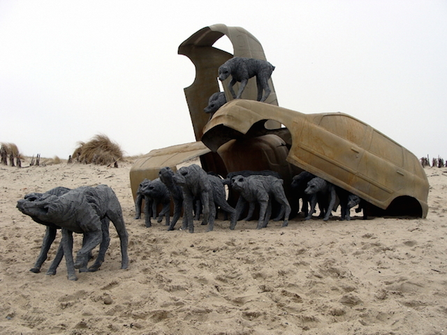 Концептуальные черные скульптуры Paolo Grassino19