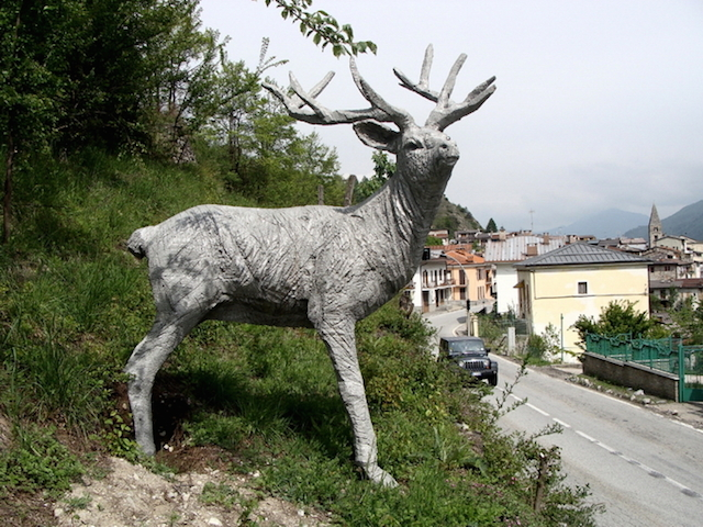Концептуальные черные скульптуры Paolo Grassino6