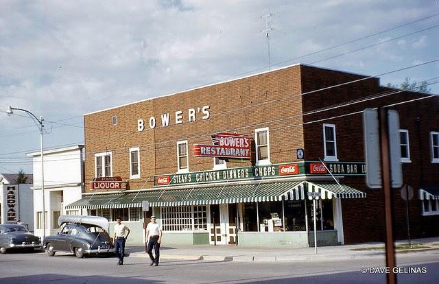 Улицы США в 1950- 60-х годов на фотографиях Dave Gelinas13