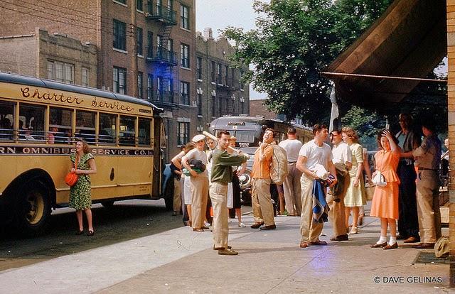 Улицы США в 1950- 60-х годов на фотографиях Dave Gelinas16