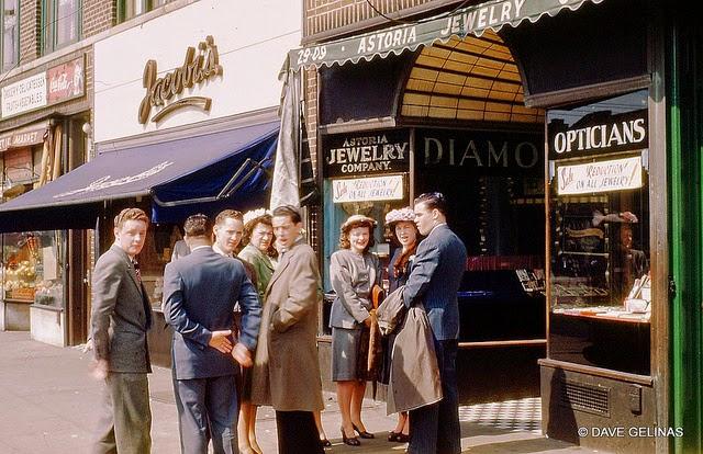 Улицы США в 1950- 60-х годов на фотографиях Dave Gelinas17