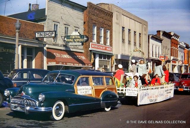 Улицы США в 1950- 60-х годов на фотографиях Dave Gelinas2