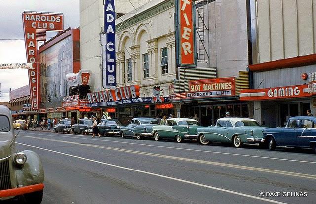 Улицы США в 1950- 60-х годов на фотографиях Dave Gelinas23