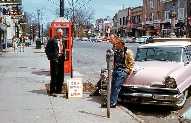 Улицы США в 1950- 60-х годов на фотографиях Dave Gelinas27