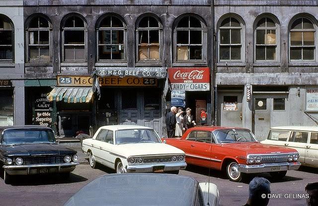 Улицы США в 1950- 60-х годов на фотографиях Dave Gelinas35
