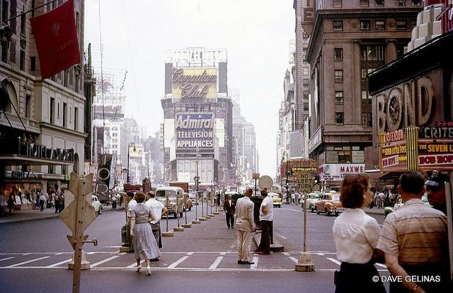 Улицы США в 1950- 60-х годов на фотографиях Dave Gelinas40
