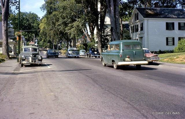 Улицы США в 1950- 60-х годов на фотографиях Dave Gelinas41