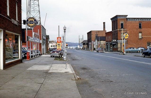 Улицы США в 1950- 60-х годов на фотографиях Dave Gelinas44
