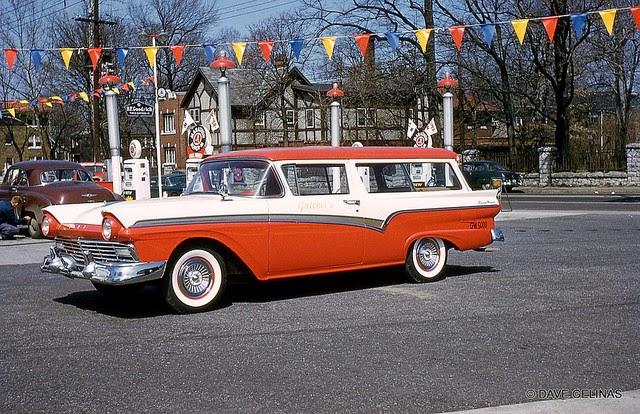 Улицы США в 1950- 60-х годов на фотографиях Dave Gelinas45