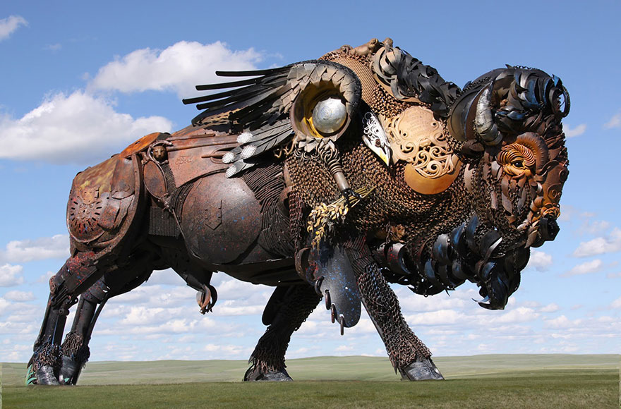 Превращение старой сельхозтехники в потрясающие скульптуры 13