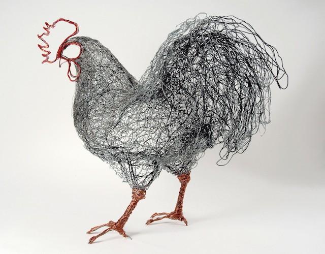 Скульптуры птиц из проводов-11