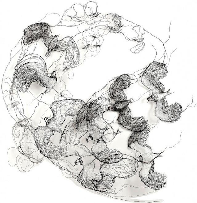 Скульптуры птиц из проводов-16