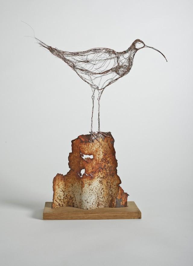 Скульптуры птиц из проводов-5