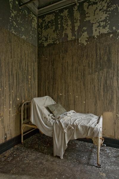 Американские психиатрические больницы на фотографиях Jeremy Harris 5