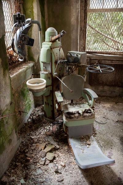 Американские психиатрические больницы на фотографиях Jeremy Harris 8