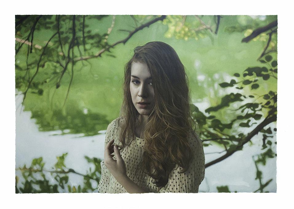 Фотореалистичные картины женщин от Yigal Ozeri  15