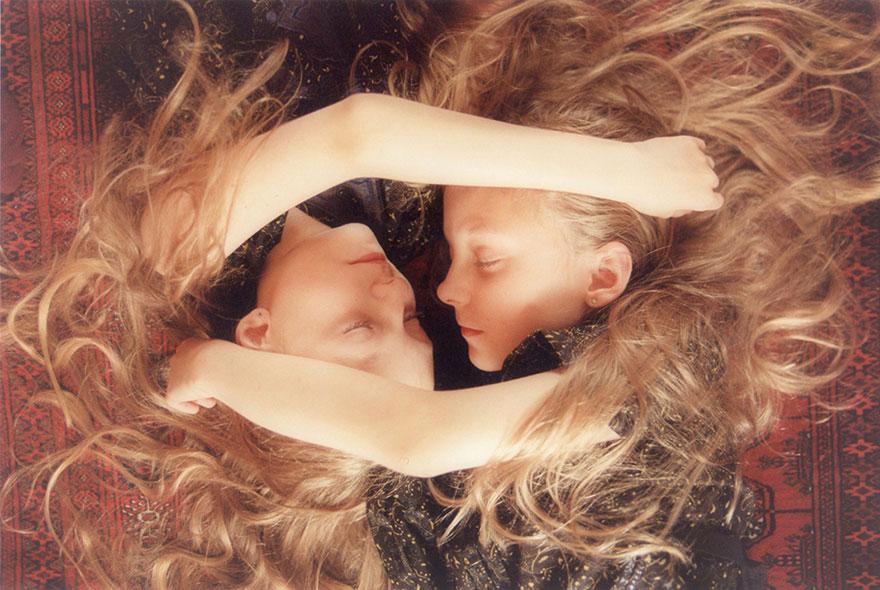 Мистические снимки ирландских близняшек Эрны и Хрефны от Арико Инаока 2