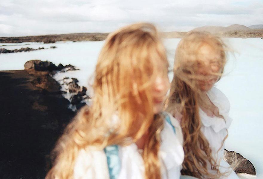 Мистические снимки ирландских близняшек Эрны и Хрефны от Арико Инаока 4