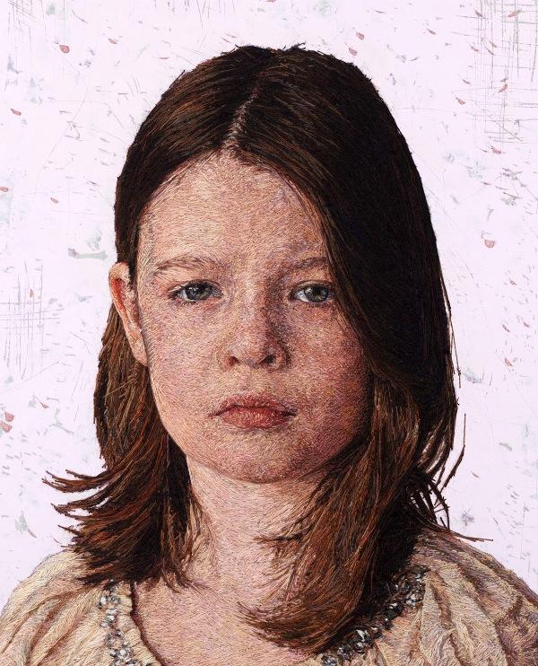 Вышитые портреты от Кейси Завалия 2