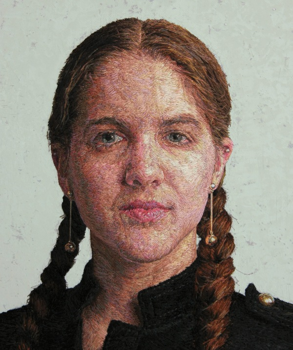 Вышитые портреты от Кейси Завалия 5