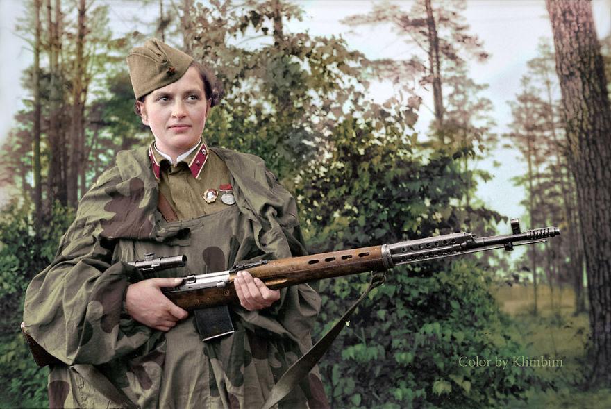lyudmila-pavlichenko-sovetskiy-snaype
