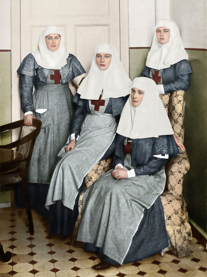 sestry-romanovy-i-imperatrica-aleksa
