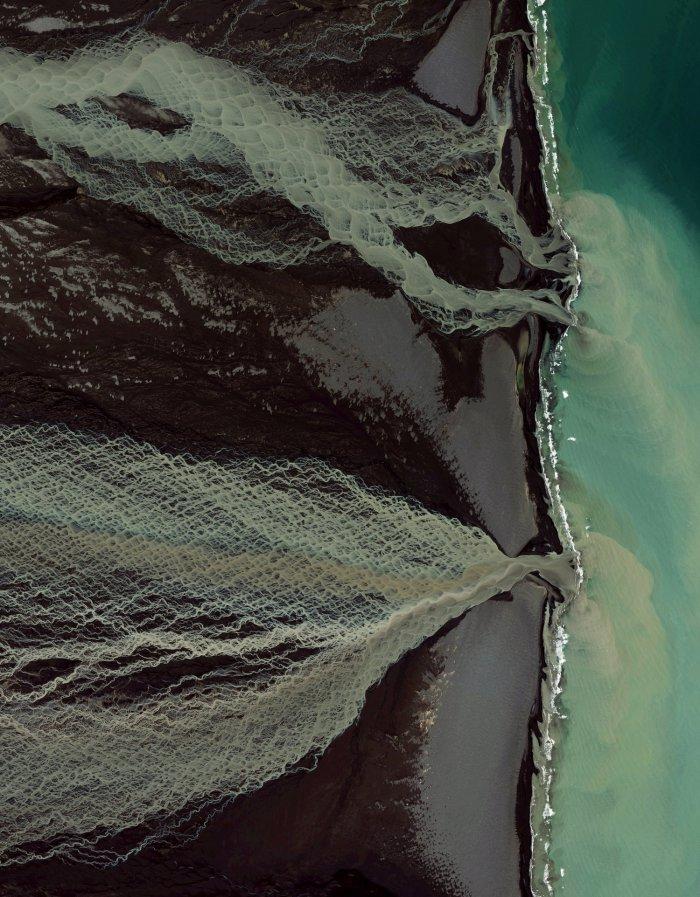tayanie-lednikov-v-islandii