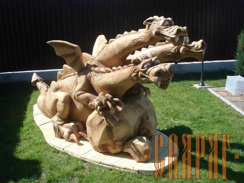 Всевозможные скульптуры из дерева