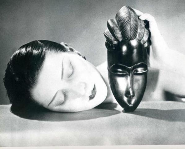 Черне и Белое - Ман Рэй (1926)