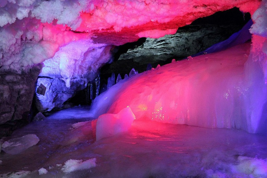гроты кунгурской пещеры
