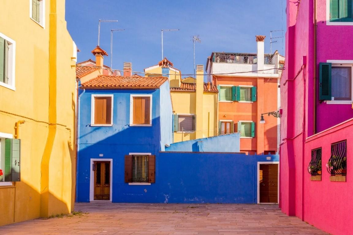 Яркие цвета острова-квартала Бурано венеция остров