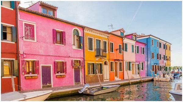 Яркие цвета острова-квартала Бурано венеция