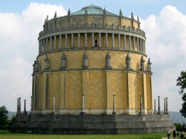 Зал освобождения. Кельхайм, Германия - архитектор Лео фон Кленце (1784-1864)
