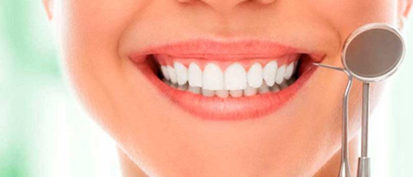 Протезирование зубов с помощью коронок и мостовидных протезов