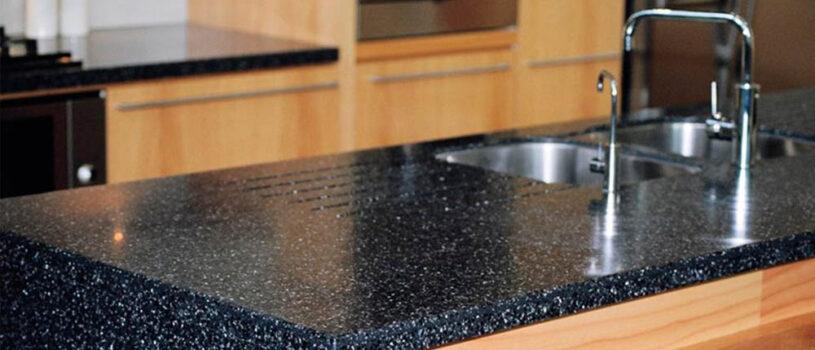 Гранитная столешница для кухни и ванной — прочная и элегантная